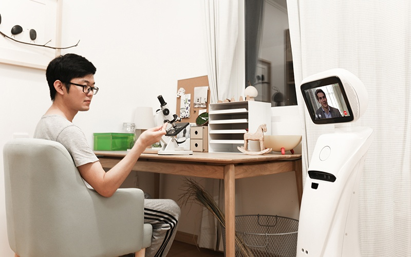 Intelligent telepresence Healthcare Robot - SIFROBOT-1.1 With 1000 m² Navigation Area Telepresence Robot, Video call