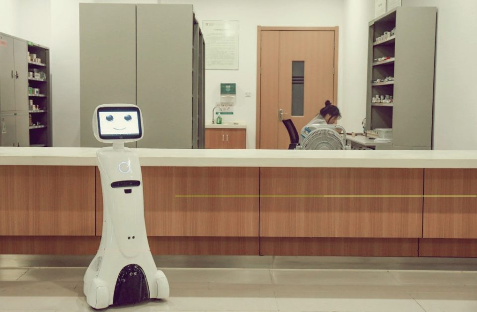 The telepresence SIFROBOT-1.0 works in all types of medical facilities assuring better treatment for patients